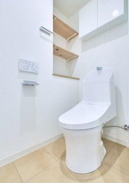 温水洗浄便座付トイレ(内装)