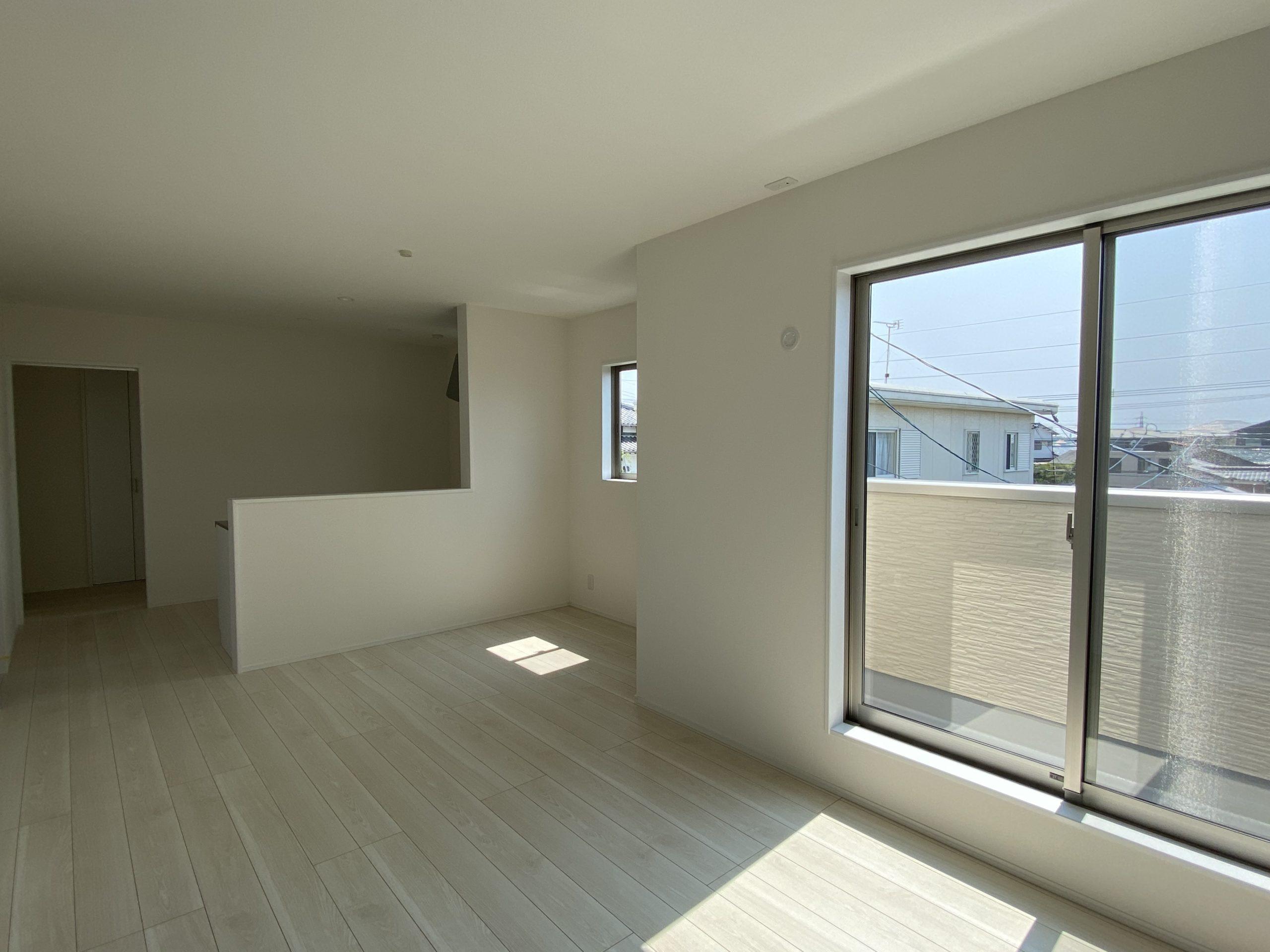 新築アパート残り1部屋です!