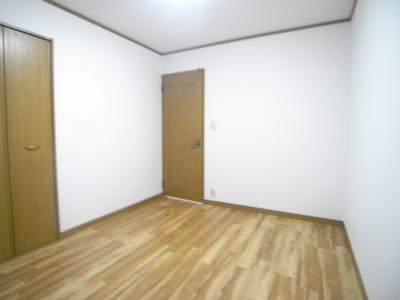 洋室2(寝室)
