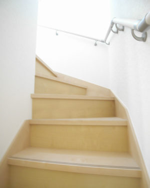 階段(玄関)