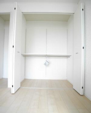 洋室2収納2