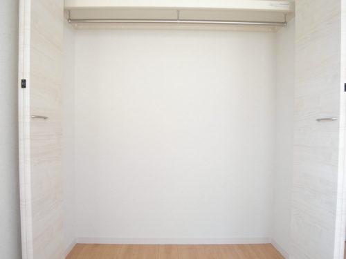 ①洋室3収納