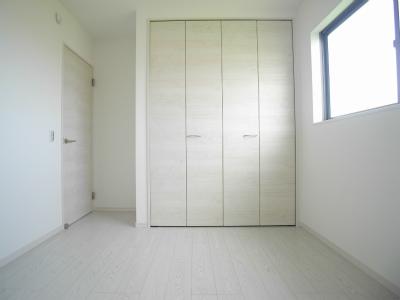 2号棟洋室3(寝室)